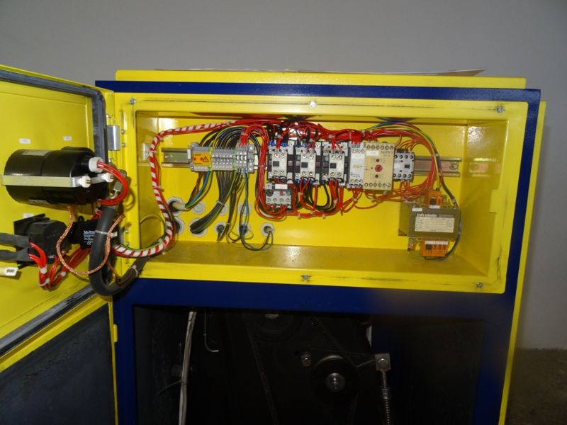 blitz monsun 4 schraubenkompressor kompressor 4 kw 10 bar 420 l min ebay. Black Bedroom Furniture Sets. Home Design Ideas