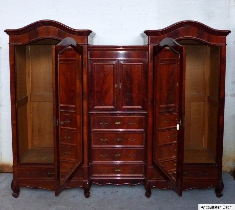 3 teiliger mahagoni spiegelschrank rundbogen barock um 1900 breite 274 cm. Black Bedroom Furniture Sets. Home Design Ideas