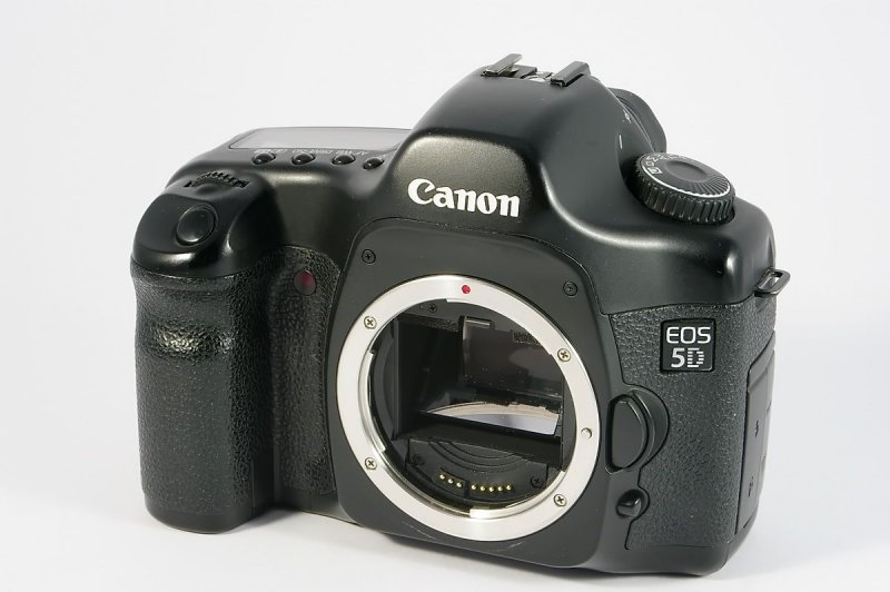 canon eos 5d vollformat digitale spiegelreflex canon ef bajonett 17mp0096b ebay. Black Bedroom Furniture Sets. Home Design Ideas
