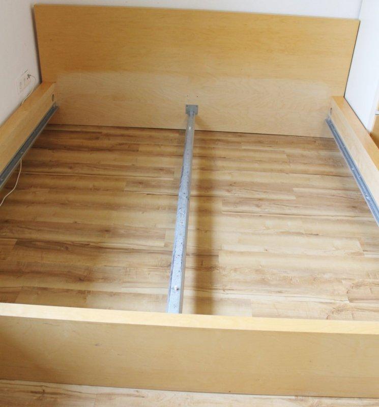 Ikea Day Bed Double Mattress ~   ist nicht mehr sehr gut eher nur gut das bett hat einige kratzer