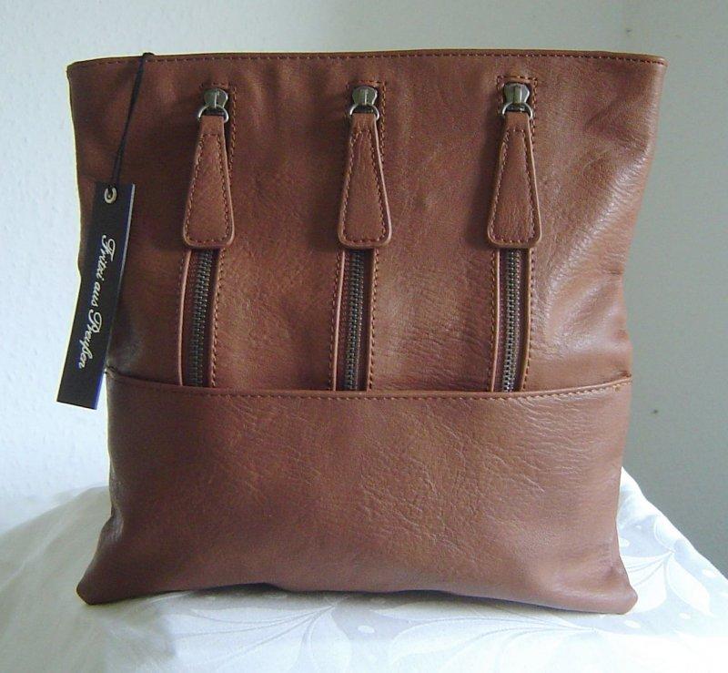 about handtasche tasche clutch lilly boston cognac fritzi aus preu en. Black Bedroom Furniture Sets. Home Design Ideas