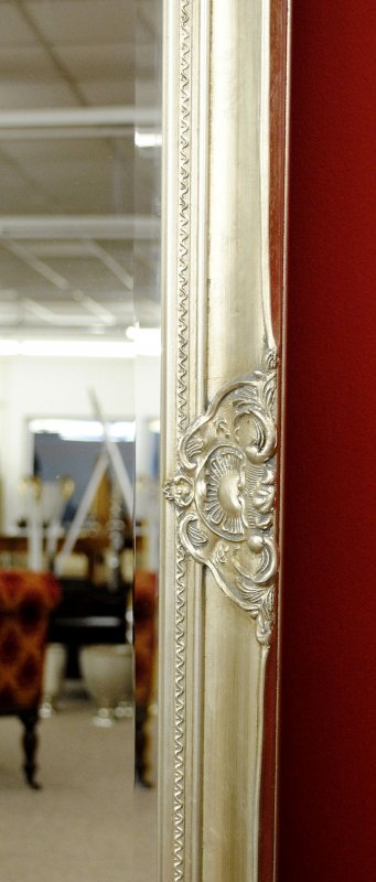 grosser spiegel wandspiegel farbe shiny silber mit facettenschliff 80 x 180 cm ebay. Black Bedroom Furniture Sets. Home Design Ideas