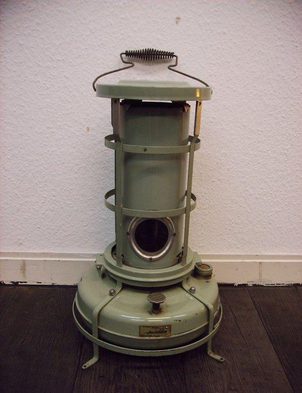 alter ofen heizung blue flame heater alladin. Black Bedroom Furniture Sets. Home Design Ideas