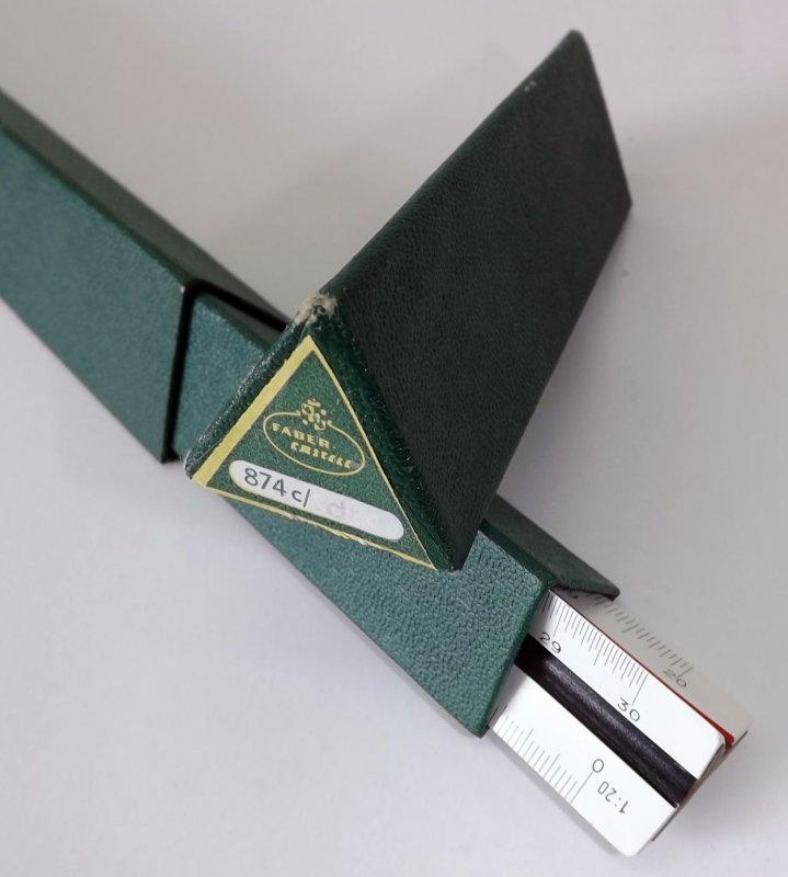 faber castell 874c d reduktionslineal dreikant ma stab architekten lineal ebay. Black Bedroom Furniture Sets. Home Design Ideas