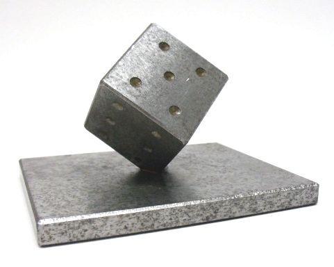W rfel gesellenst ck eisen metall handwerk briefbeschwerer for Deko fa r teenager