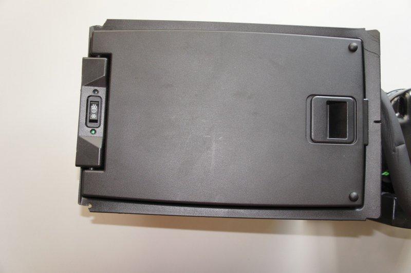 Audi Q7 4L Kühlschrank Kühlfach Kühlbox für hinten cooling  -> Kühlschrank Friert Hinten