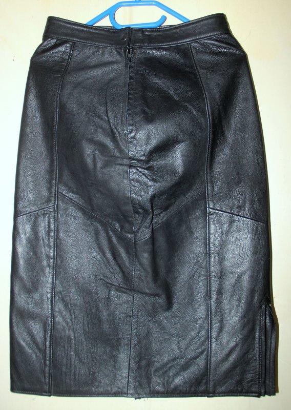sch ner damen lederrock echtleder schwarz getragen. Black Bedroom Furniture Sets. Home Design Ideas