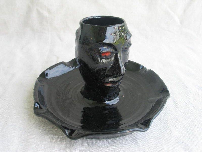 alte keramik schale mit gef gesicht beidseitig sign wohl 50er 60er jahre. Black Bedroom Furniture Sets. Home Design Ideas