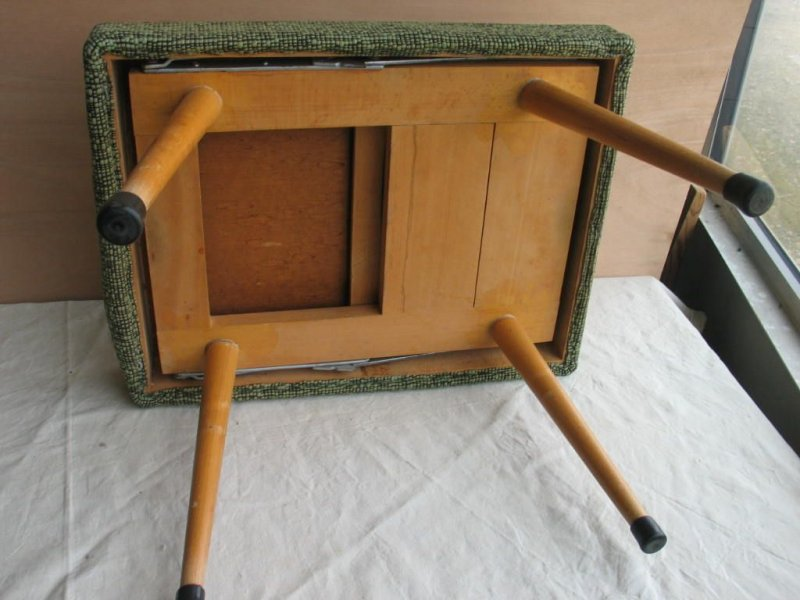hocker zum klappen mit leiter innen integriert 50er jahre klapphocker ebay. Black Bedroom Furniture Sets. Home Design Ideas