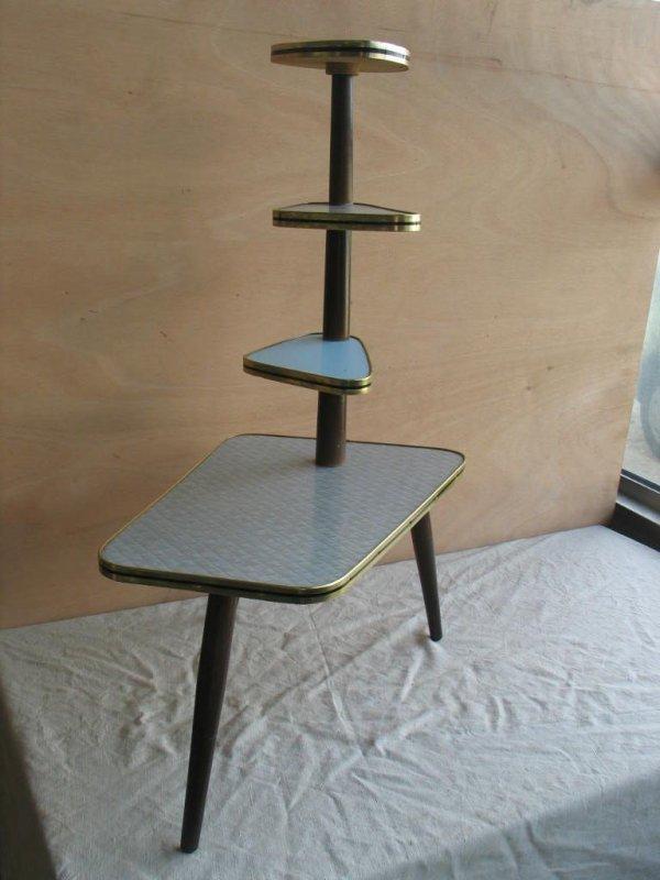 blumentisch blumenst nder 50er jahre farbig 4 ebenen ebay. Black Bedroom Furniture Sets. Home Design Ideas