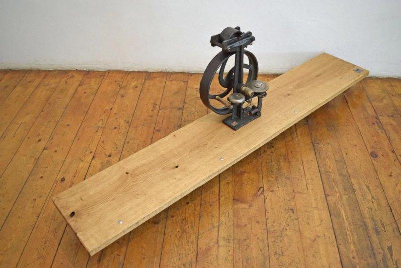 wandregal gusseisen holz loft industriedesign gro eiche wandboard fabrik antik ebay. Black Bedroom Furniture Sets. Home Design Ideas