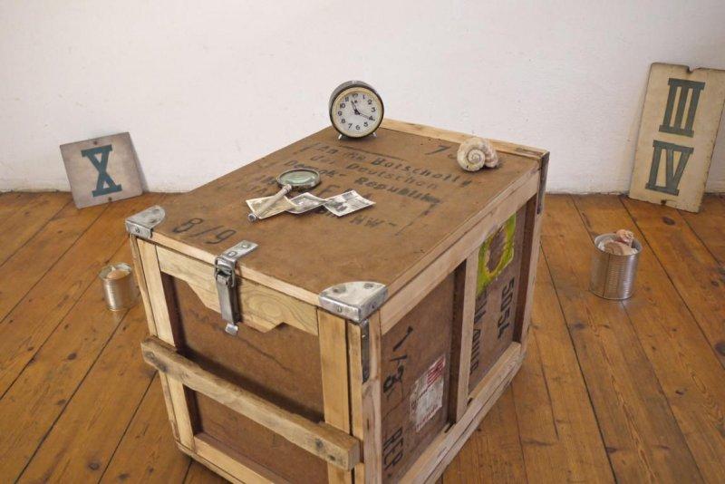 weitgereiste berseekiste kiste holz vintage couchtisch crate seekiste maritim ebay. Black Bedroom Furniture Sets. Home Design Ideas