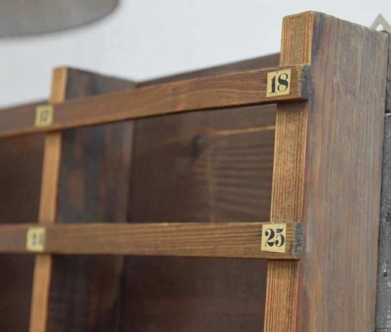 wandregal loft fabrik industriedesign wandboard deko antik. Black Bedroom Furniture Sets. Home Design Ideas