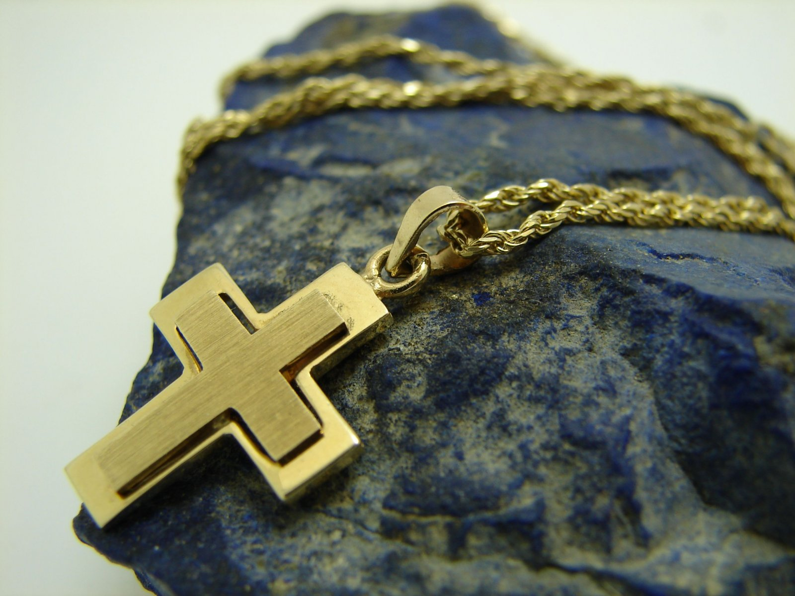 Goldkette mit kreuz 585  Damen Goldkette mit Kreuz 585 Gold 14 Karat Länge 45 cm Goldkreuz ...