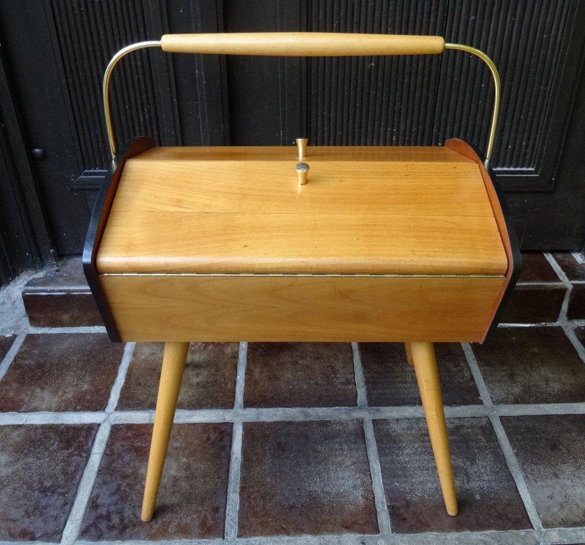 shabby chic kleiner tisch n htisch mid century design. Black Bedroom Furniture Sets. Home Design Ideas