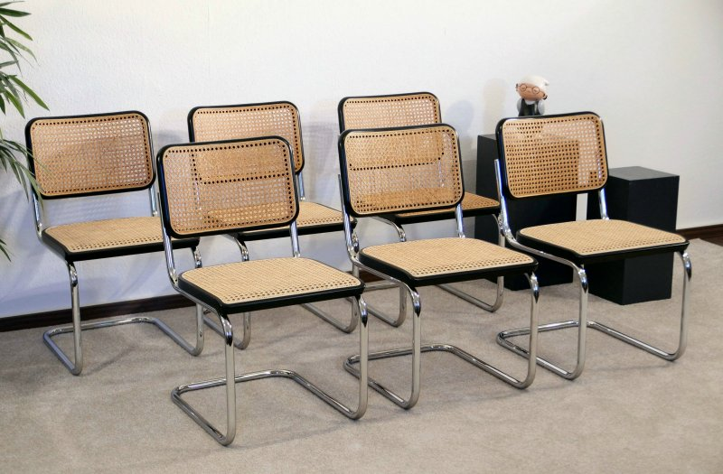 thonet s32 freischwinger bauhaus klassiker st hle schwarz breuer chairs. Black Bedroom Furniture Sets. Home Design Ideas