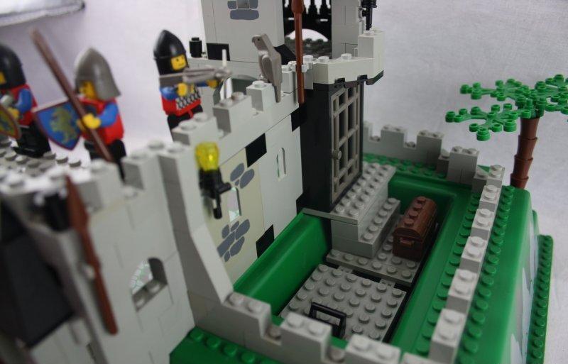 lego 6081 kings mountain fortress spukschloss burg schloss ritter ritterburg. Black Bedroom Furniture Sets. Home Design Ideas