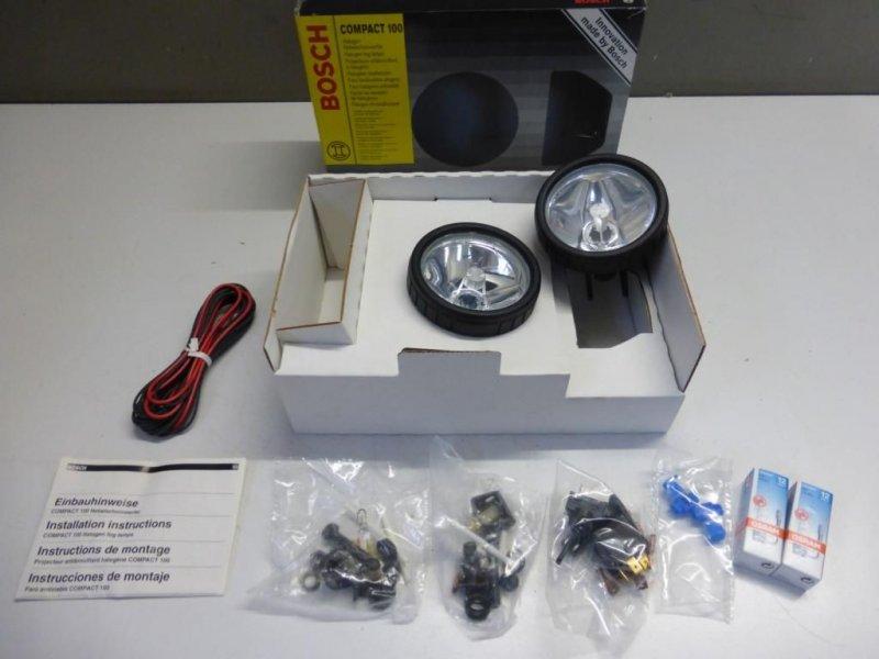 neu bosch compact 100 halogen nebelscheinwerfer zusatzscheinwerfer 0 305 055 901 ebay. Black Bedroom Furniture Sets. Home Design Ideas