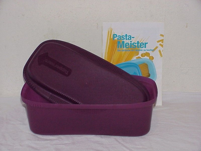 neuwertig tupperware pasta meister nudelkocher 1 9l f d mikrowelle rezeptidee ebay. Black Bedroom Furniture Sets. Home Design Ideas
