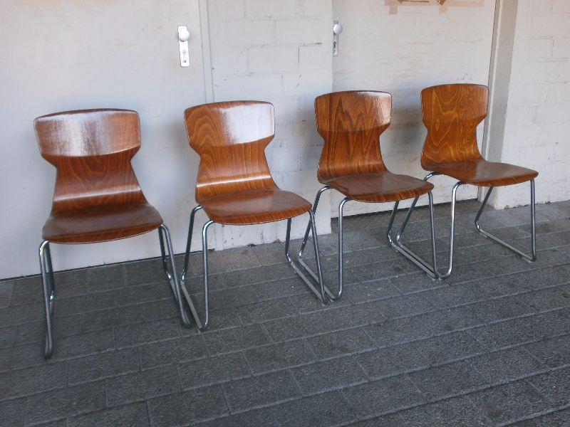 4 st hle stuhlset pagholz formholz stuhl stapelstuhl. Black Bedroom Furniture Sets. Home Design Ideas