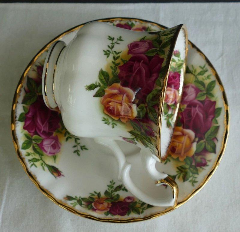 porzellan kaffee teetasse old country roses royal albert nr 259 ebay. Black Bedroom Furniture Sets. Home Design Ideas