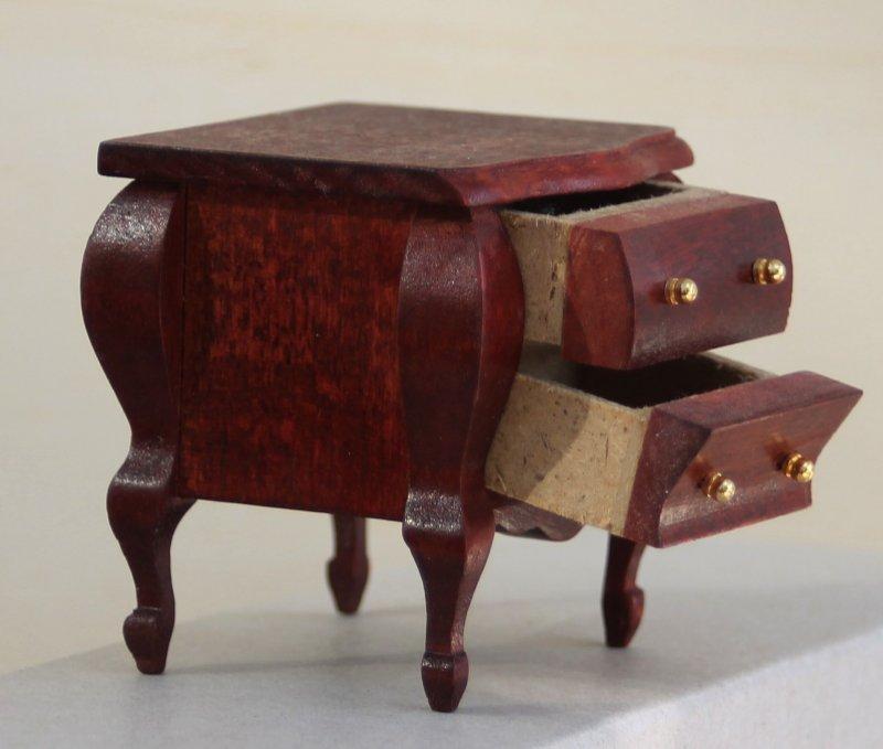 puppenstube kleine kommode holz mit 4 schubladen 70er jahre nr 50. Black Bedroom Furniture Sets. Home Design Ideas