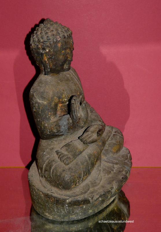 tibet ausdrucksvolle buddha figur holz ebay. Black Bedroom Furniture Sets. Home Design Ideas