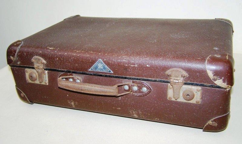 gro er alter koffer reisekoffer 50er jahre ebay. Black Bedroom Furniture Sets. Home Design Ideas