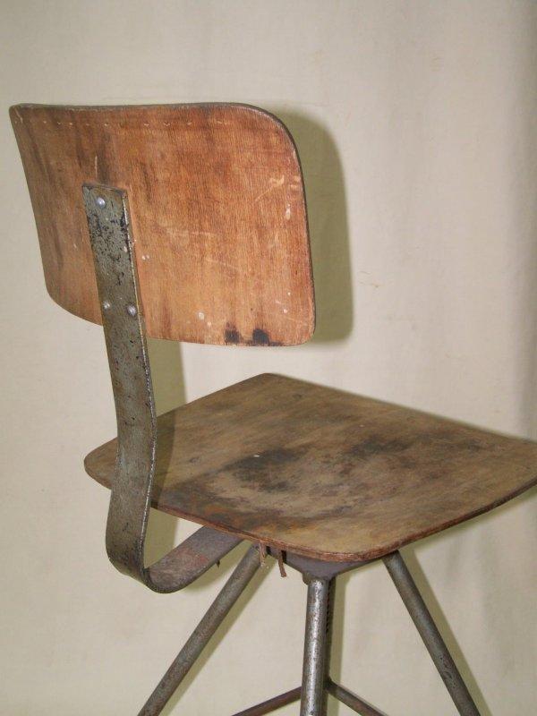 alter metall werkstattstuhl art deco drehstuhl loft. Black Bedroom Furniture Sets. Home Design Ideas