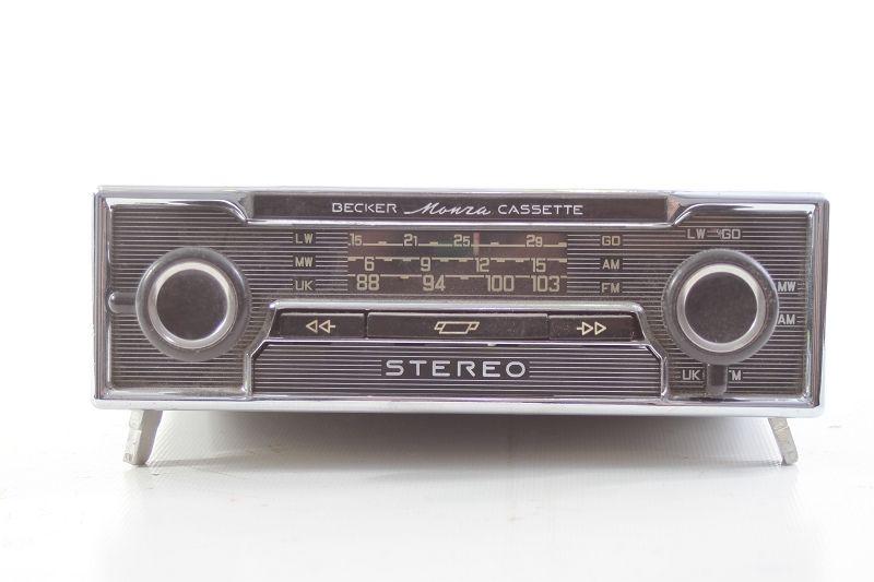 altes oldtimer autoradio radio kassette becker monza. Black Bedroom Furniture Sets. Home Design Ideas
