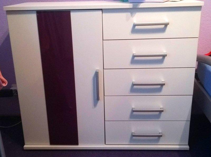 sch nes schlafzimmer komplett wei matt und lila glanz modern top xxl bilder ebay. Black Bedroom Furniture Sets. Home Design Ideas