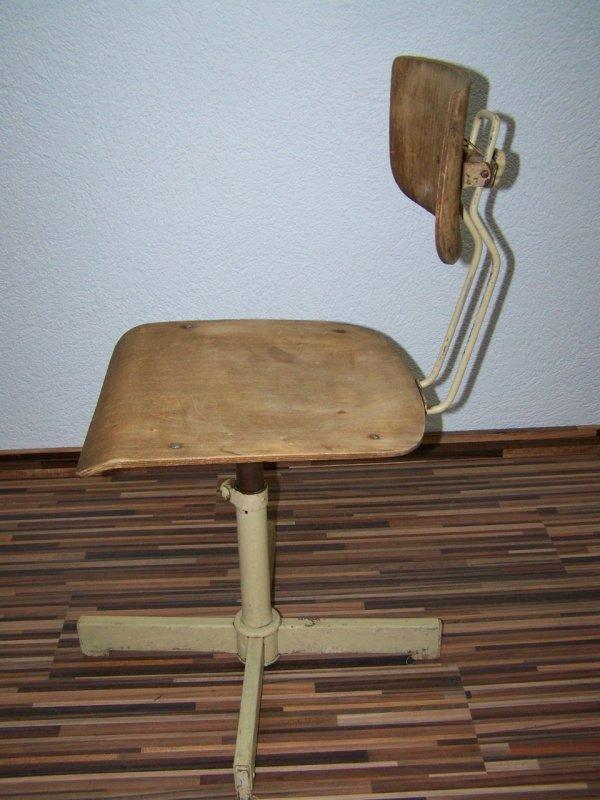 Vecchio sedia di officina design sedia girevole vintage for Sedia ufficio xxl
