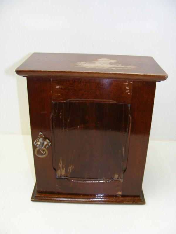 belle petit vieux armoire garde manger armoire en bois armoire murale ebay. Black Bedroom Furniture Sets. Home Design Ideas