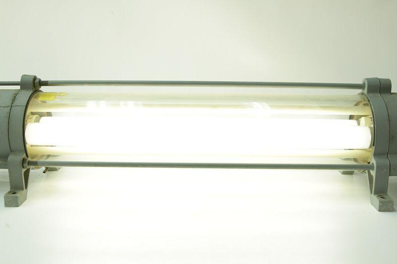 Lampes Neon : Antique antid?flagrant lampe industrielle loft ex