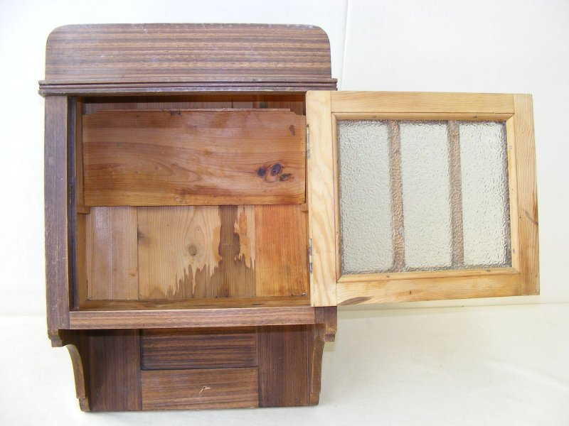 Minore vecchio armadio da parete armadietto medicinale for Mobili vecchi in vendita