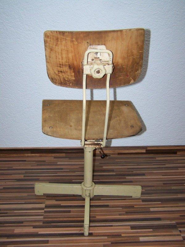Vecchio sedia di officina design sedia girevole vintage for Sedia design vintage