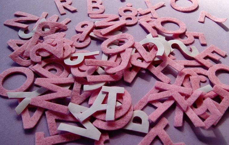 Filz buchstaben zahlen rosa aufkleben kleben basteln for Dekorieren 9 buchstaben
