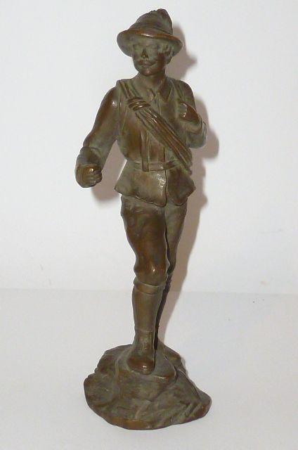 alte bronzefigur b ste skulptur plastik bronce figure figur schwer mann wanderer ebay. Black Bedroom Furniture Sets. Home Design Ideas