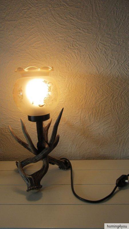 geweih lampe tischlampe jagd j ger j gerzimmer glasschirm. Black Bedroom Furniture Sets. Home Design Ideas