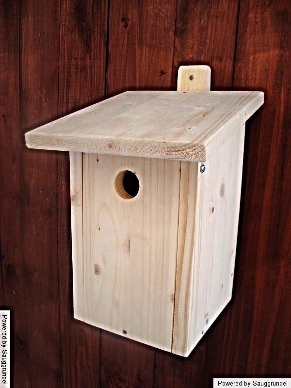 nistkasten vogelhaus vogelnistkasten vogelh uschen. Black Bedroom Furniture Sets. Home Design Ideas