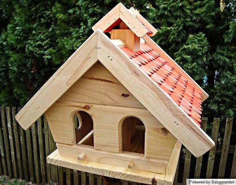vogelhaus vogelvilla st nder dreibein futterhaus. Black Bedroom Furniture Sets. Home Design Ideas