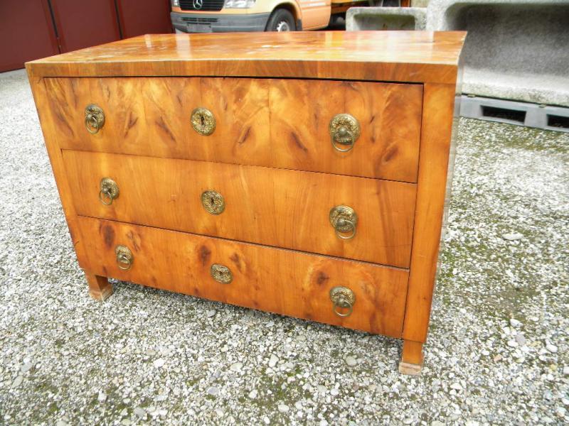 1830 kirsch kommode biedermeier kirschbaum massiv furniert kirsche m bel im shop ebay. Black Bedroom Furniture Sets. Home Design Ideas