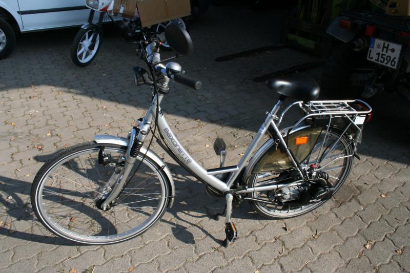 saxonette wie spatamed fahrrad mit hilfsmotor e starter. Black Bedroom Furniture Sets. Home Design Ideas