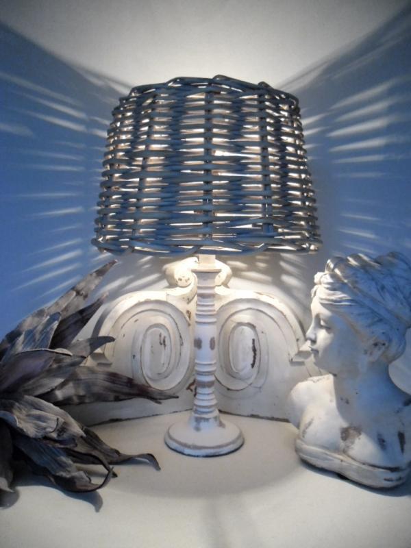 tischleuchte tisch lampe holz 41 cm korbschirm braun grau landhaus shabby chic ebay. Black Bedroom Furniture Sets. Home Design Ideas