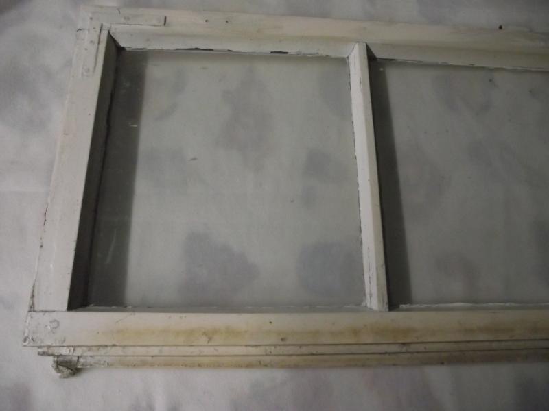 2 alte antike sprossenfenster mit glas ohne rahmen fenster holzfenster weiss ebay. Black Bedroom Furniture Sets. Home Design Ideas