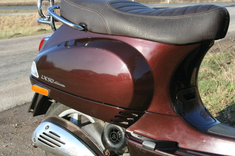vespa roller lx 50 4 ventil baujahr mofa und mopedzulassung erst 6600km ebay. Black Bedroom Furniture Sets. Home Design Ideas
