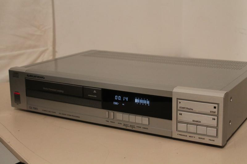 grundig cd7550 cd player silber vintage cd player. Black Bedroom Furniture Sets. Home Design Ideas