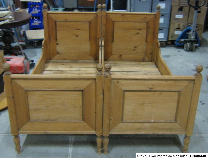 antik l ndliches massiv holz bauernbett doppelbett bett traumst ck bayern um1850 ebay. Black Bedroom Furniture Sets. Home Design Ideas