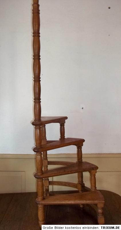 alte bibliotheksleiter treppenleiter wendeltreppe 4 stufen haltestab135cm ebay. Black Bedroom Furniture Sets. Home Design Ideas
