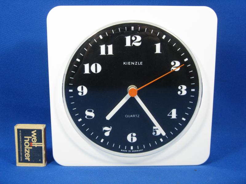 70 s design wall clock kienzle quartz wanduhr working 20 cm x 20 cm ebay. Black Bedroom Furniture Sets. Home Design Ideas